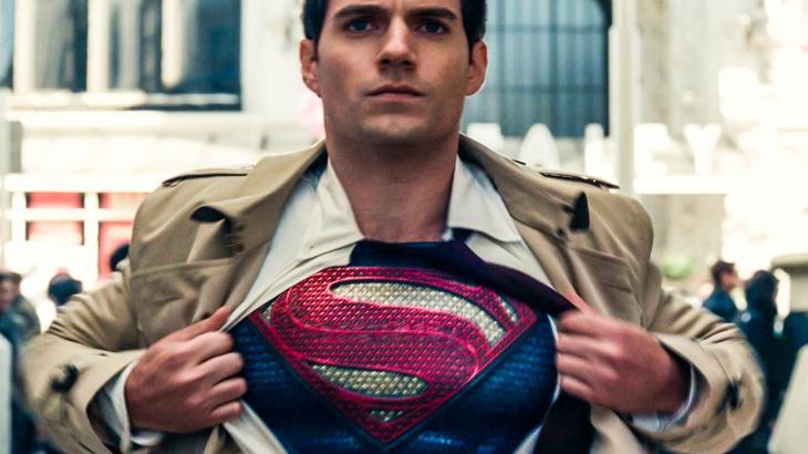 Ele está de volta!!! Superman de Henry Cavill continuará no DCEU